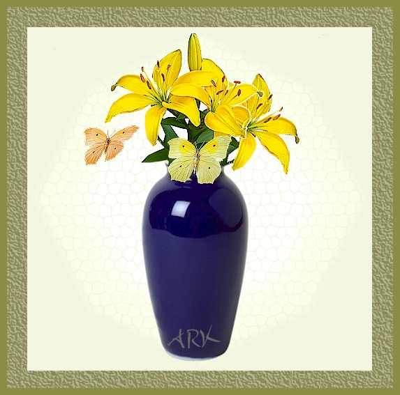 ARK Web Design. Blue Vase and butterflies ** ARK Webontwerp. Blou vaas en vlinders